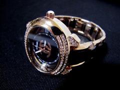 シャネル ノベルティ オシャレな腕時計 ブレスレットブラック