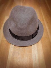 カシラ購入 グレー帽子