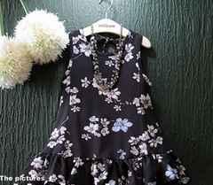 新品!激安 子供服!120�pノースリーチュニック 花柄 ブラック