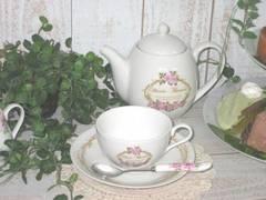 薔薇・ローズのカップ&ソ−サー マリアテレジア