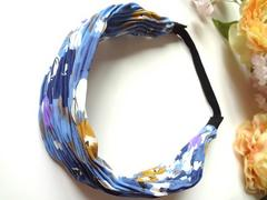 新品 ヘアバンド 花柄 ブルー 青 プリーツ