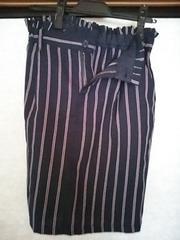 アベイル 今期ネイビーストライプ スカート