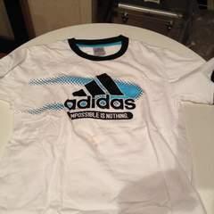 アディダスTシャツ