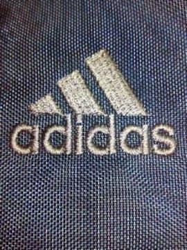 モバオクで買える「adidas アディダス ワンポイント SCHOOL BAG スクールバッグ ネイビー グレイ バッグ」の画像です。価格は1,980円になります。