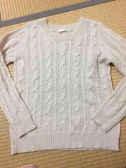 未使用VISのセーター。アンゴラ混。