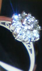 一粒ダイヤ取り巻きダイヤ