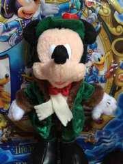 ディズニー クリスマス ぬいぐるみバッジ ミッキー 緑コート