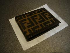 新品 正規品 FENDI 二つ折り 財布 ズッカ ブラウン メンズ フェンディ