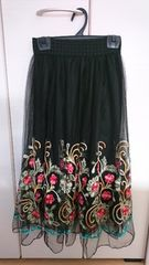 グレイル  GRL  刺繍チュールスカート