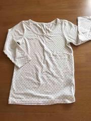 美品!!ユニクロヒートテック ドット柄ホワイトTシャツ!
