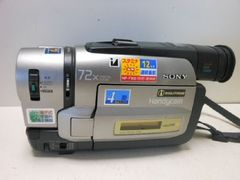 6808★1スタ★SONY/ソニー  HandyCam ビデオカメラ  72x ジャンク品