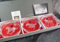 500スタ本物未使用ホヤクリスタル馬柄クリスタルプレート灰皿3種3個