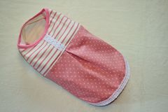 ヨーク切り替え水玉Tシャツ胴45cm(ピンク)