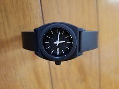 NIXONの時計!