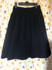 美品★ブラックのハリ感あるスカート