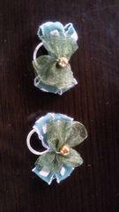 緑色のリボン2個ゴム付き