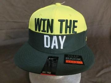 ナイキ製 オレゴン大学ダックス【WIN THE DAY】【O】ロゴ刺繍CAP