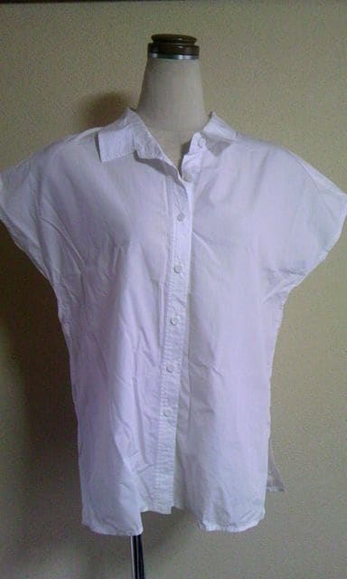 ビッキー白シャツサイズ2  < ブランドの