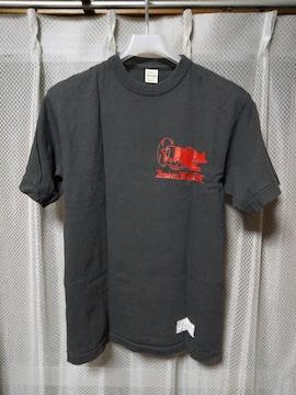 ザ・リアルマッコイズ プリント 半袖Tシャツ Sサイズ チャコールグレー 黒×赤 飛行機