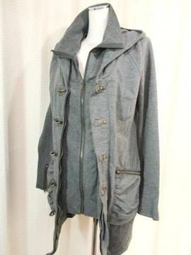 【TINKS】グレーのコートです