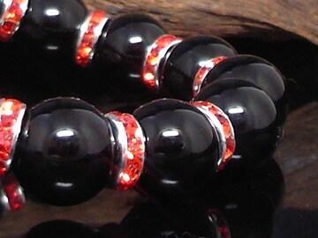 天然ブラックオニキス12ミリ赤ロンデル数珠