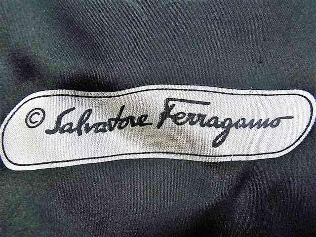 フェラガモ ショール マフラー シルク100% シースルー < 女性ファッションの