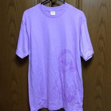 大きいサイズ。とっても素敵なアニメのTシャツ。新品。薄い紫