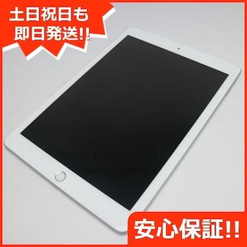●新品同様●au iPad 第6世代 32GB シルバー●
