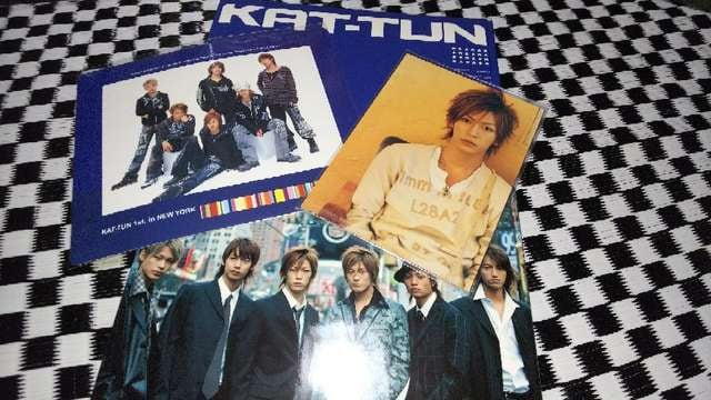 KAT-TUN   ファースト写真集  付録付き  < タレントグッズの