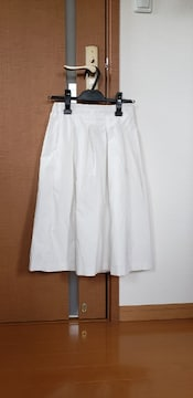 UNIQLO ユニクロ フレアスカート ホワイト S