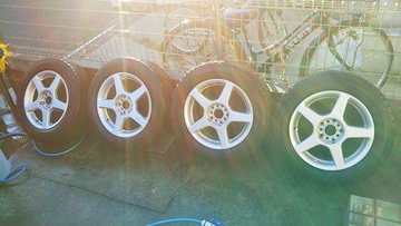 社外アルミホイールスタッドレスタイヤ215/60r16インチレクサスISGSCTクラウンマジェスタプリウス