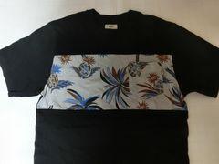 USA購入アメカジ【VANS】バンズ ポケット付TシャツUS S 黒系絵柄