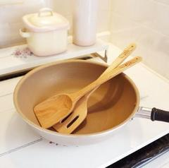 ハワイアンキッチン用具★木製フライ返し★プルメリア★キッチンインテリア
