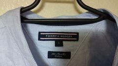 トミーヒルフィガーのポロシャツ