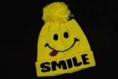 人気の♪スマイル柄ボンボンキッズ子供用ニット帽/キャップ
