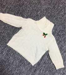 子供服 24ヶ月 ホワイト×さくらんぼ タートルネックニット