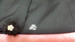 値下↓↓新品ー台形スカート 前 タック 刺繍マーク有り パーマ