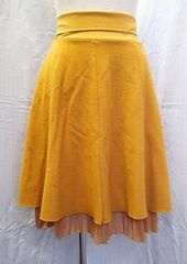 ■STRAWBERRY FIELDS/デザインスカート 裏地プリーツ加工 日本製