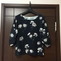 未使用新品 Lilidia バルーン袖 7分袖 花柄カットソー