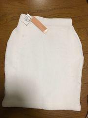 新品リリディア☆ニットスカート
