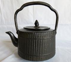 竹垣模様の鉄瓶 1,8 リットル