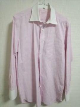 ユニクロ ピンクストライプシャツ