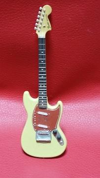 フェンダーfender/MUSTANGミニチュアギター