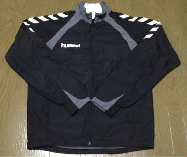 《hummel》ナイロンジャケット サッカー フットサル soccer 古着 < 男性ファッションの