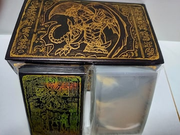 遊戯王 ラーの翼神竜 ストレージボックス&カードプロテクター