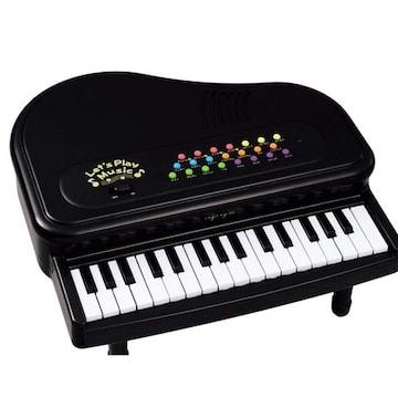小さいのに、多機能な頭脳を持った可愛いピアノ