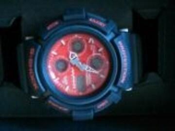 新品ガウスマン×コムサコミューン限定オシャレG-SHOCK赤 黒腕時計10か20気圧防水