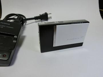 フジフィルムFINEPIX F100fd 充電池・充電器付