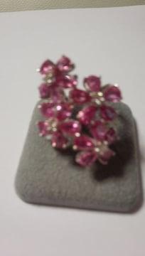 K18WGピンクサファイアお花のリング