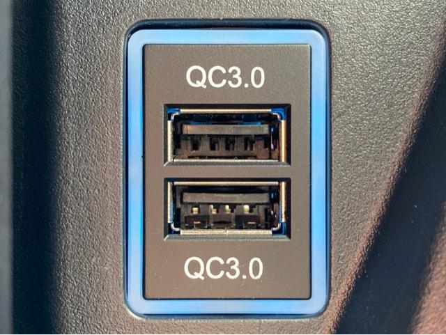 トヨタ Aタイプ USBポートカプラーオン 急速充電 3.0×2ポート < 自動車/バイク